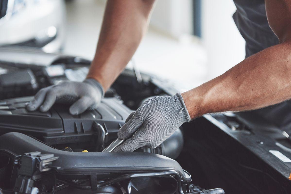 total auto fikser din ødelagte bil